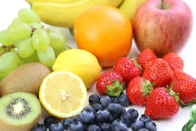 マラソンレース後の食事に糖質やタンパク質にプラスして摂取したい3つの栄養素